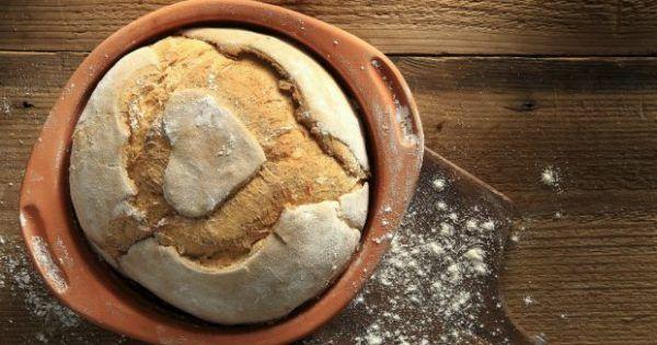 Φτιάξτε το Ψωμί που δεν Χρειάζεται Ζύμωμα: Δείτε πώς…