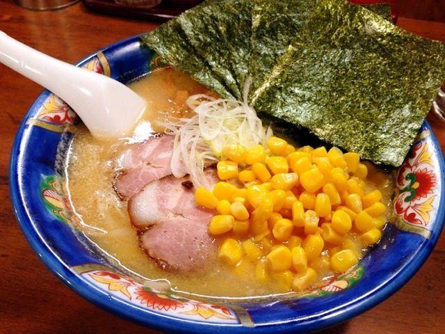 美味い!あったまるわ~ - 11件のもぐもぐ - 味噌ラーメン コーンと海苔トッピング by chan mitsu