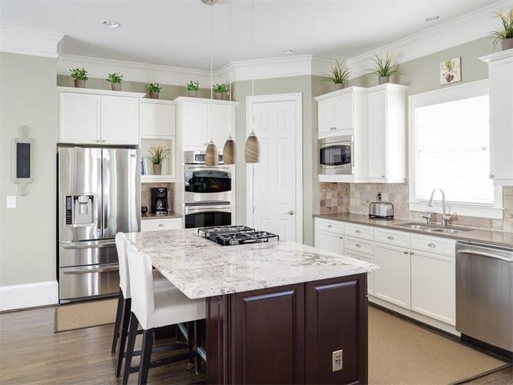 Best 25 small l shaped kitchens ideas on pinterest l - Kitchen triangle design with island ...
