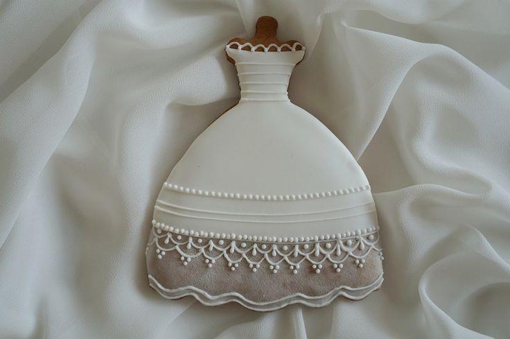 http://lukrowanapasja.blogspot.com/ #cookies #royalicing #dress #art #icingcookies #icing