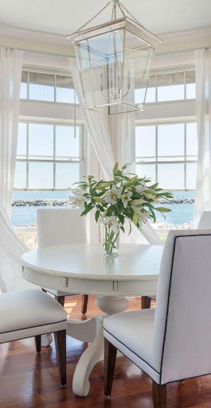 white on white seashore home. I can practically feel the balmy sea breeze!