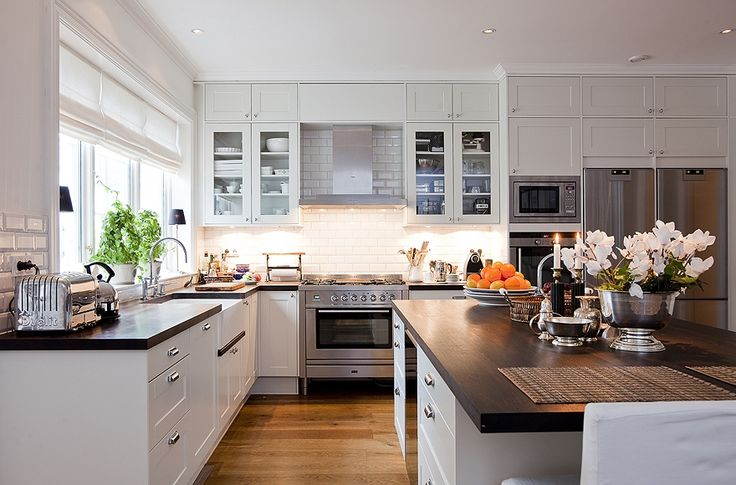 Stockholm Vitt - Interior Design: New England Style Kitchen