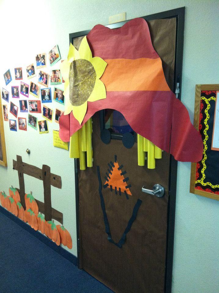 Scarecrow Door Decoration Classroom ~ Scarecrow door fall paper decorations projects