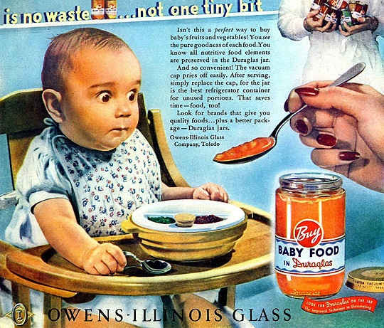 That baby's eyes tho! Is the baby food that scary! Lol