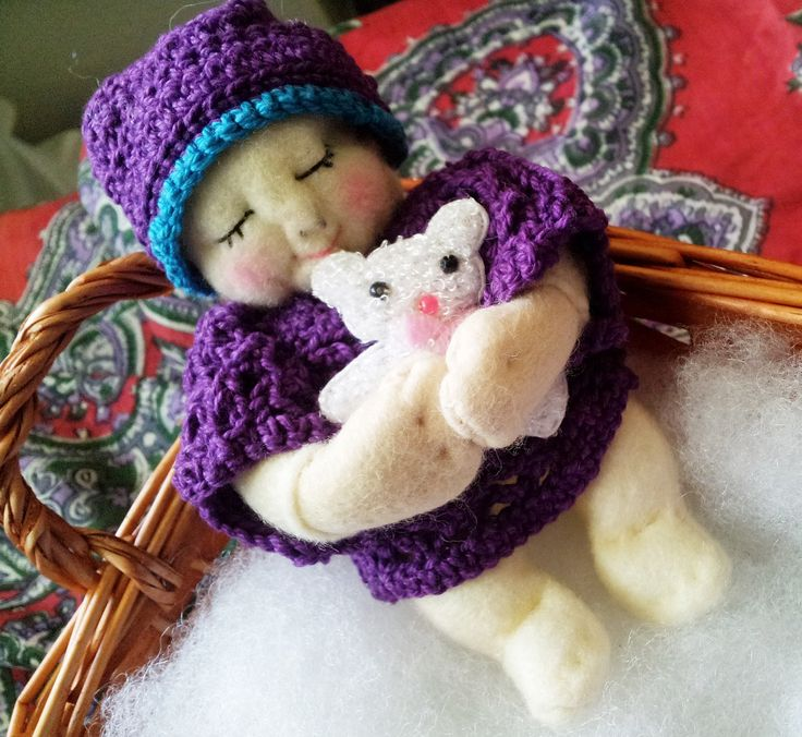 I just had to make this gorgeous Felt baby , I don't normally make dolls but this one took my fancy
