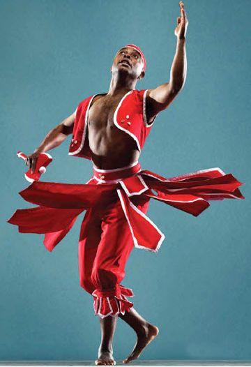 .: Dance Movement, Rj Muna, Beautiful Dancin, Binding Drums, Obakoso Dance Drums Ensemble, Celebrate Dance, Dance Performance, Red Pants, Hands Drums