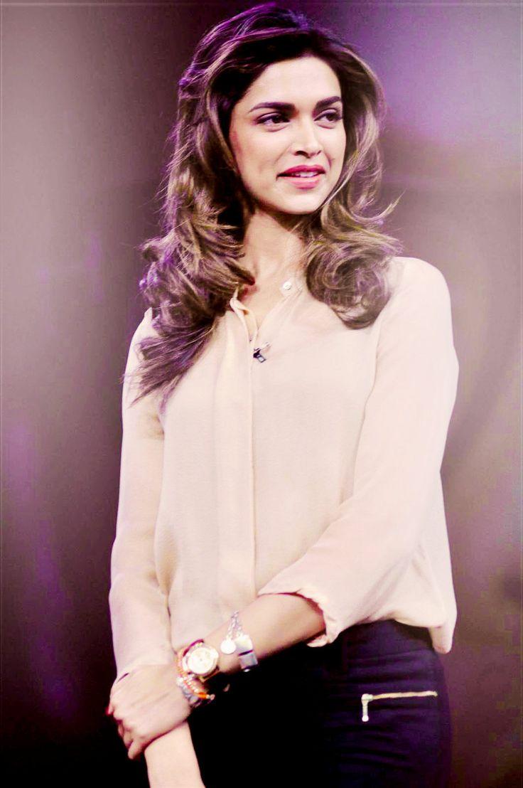 Deepika Padukone cute outfit