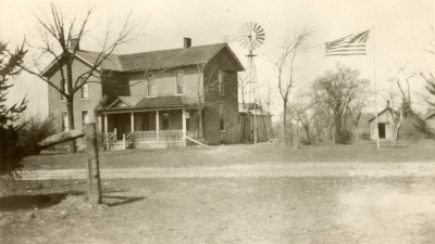 Picture of the Tirrell Home from the early 1900's