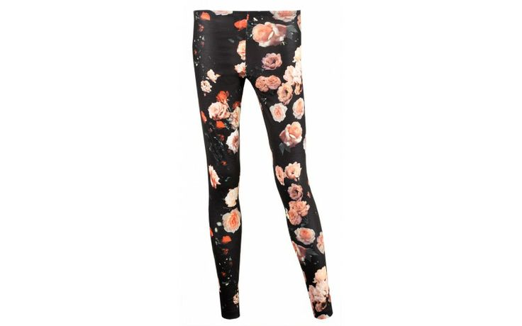 Leggings W. adidas Originals Romantic Collection  Prezzo: €35,00 E' il momento della Romantic Collection, seconda tappa del viaggio nel mondo femminile di adidas Originals in esclusiva da AW LAB.  http://www.aw-lab.com/the-lab/adidas-romantic/