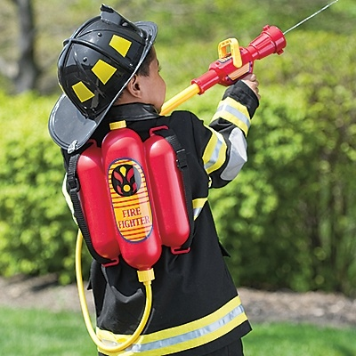 Christmas Wishlist: Firefighter water backpack. This is too cool, if my kids got this , i would so steal it and use it myself. LMAO