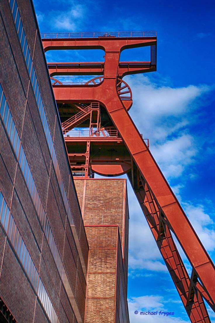 Förderturm Essen Zollverein..........