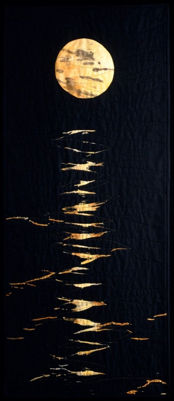 "jbe200:  jbe200quilts:  ""Moonglow II"" by Miriam Otte  Wow!  Someone just reblogged this - only they removed the credits and replaced the link from the source site to mine.  Please don't do this to my posts or anyone else's for that matter.   The quilter got left out and didn't receive any credit for her beautiful work.  Very not cool!"