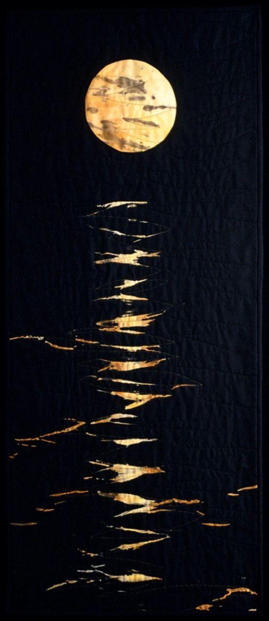 Moonglow || #quilt #textile