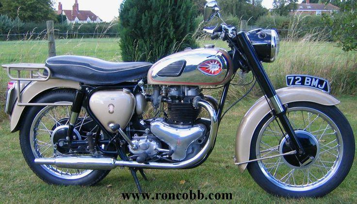les 25 meilleures id es de la cat gorie motos bsa vendre sur pinterest moto bsa motos. Black Bedroom Furniture Sets. Home Design Ideas