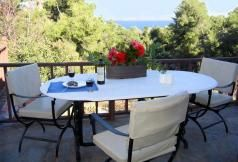 B138 - Spacious Villa in Evia combines Unlikely mountain and sea