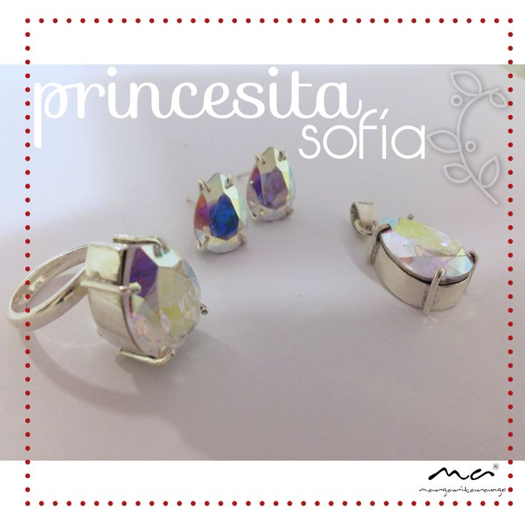 Aretes, dije y anillo en plata con cristal de Swarovski