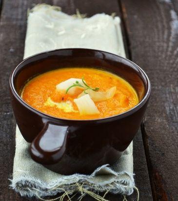 Σούπα από καρότο, τζίντζερ και πορτοκάλι | Γιάννης Λουκάκος