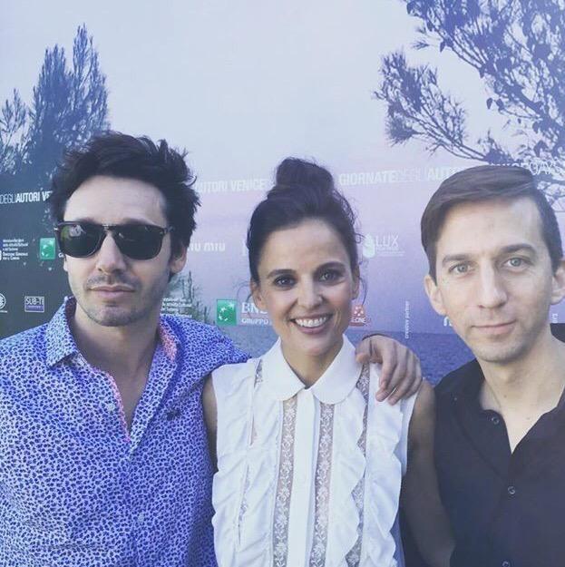 #ElenaAnaya y Benjamín Vicuña los protagonistas de pelicula La Memoria del Agua acompañan a Matias Bize en el Festival de Venecia
