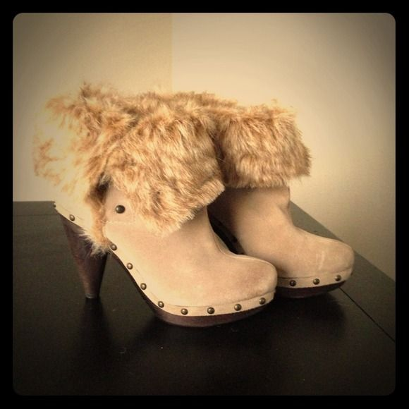 *Gone* Seychelles boots! Brand New!!! Size 8 2 in 1 Seychelles tan boots... Wear them mid calf or fold them for a different look! So versatile!!! Seychelles Shoes