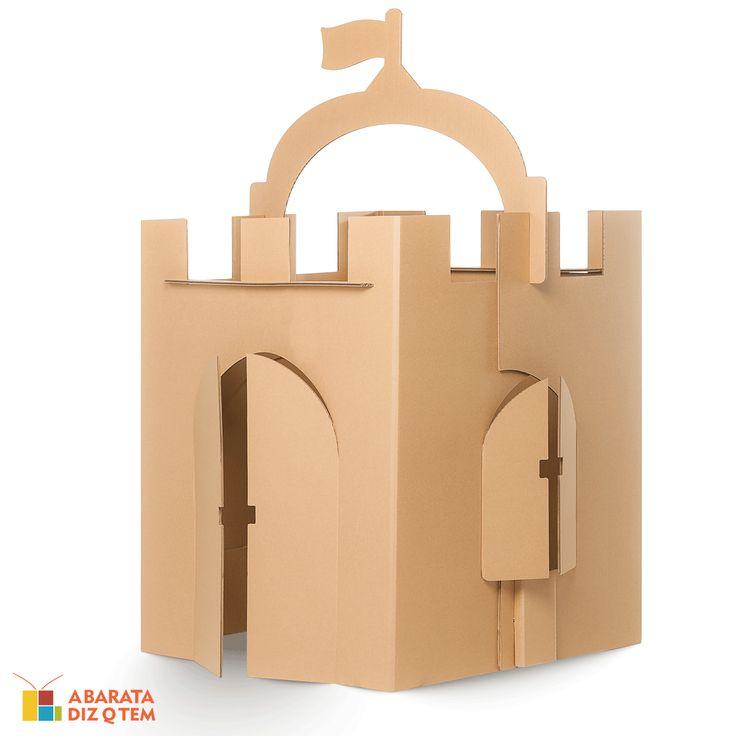 Castelo de Papelão - Qual criança não adoraria ser a princesa ou o rei de seu próprio castelo? Ainda mais deixando cada espacinho com a sua personalidade. Dessa maneira, o Castelo de Papelão estimula a criatividade e imaginação dos pequenos, deixando a brincadeira mais divertida.