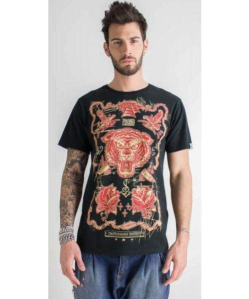 T-shirt con stampa in 100% cotone dalla vestibilità regolare.