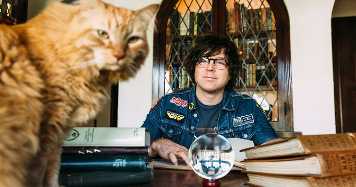 Ryan Adams has unveiled the contents of his limited edition box set for upcoming album 'Prisoner.'