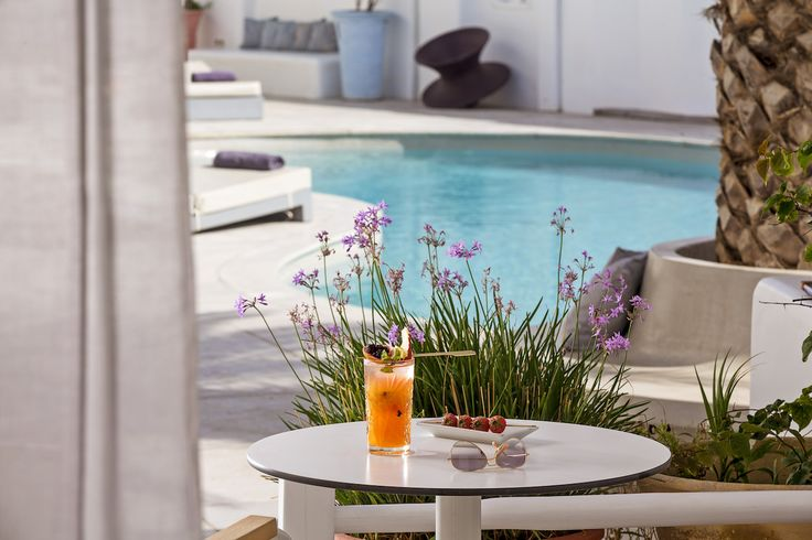 Remembering sitting by the pool of the suite, enjoying a fruit cocktail in the shade. Can't wait to go back to Mykonos Ammos Hotel this summer.