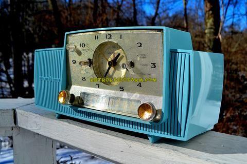 POWDER BLUE AND SPARKLING SILVER Mid Century 1959 General Electric Mod – Retro Radio Farm
