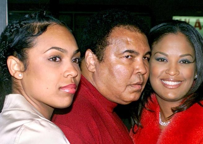 Muhammad Ali with daughters Hana and Laila by third wife Veronica Porsche.