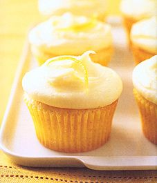 Lemon cupcakes with lemon cream cheese frosting - Style At Home, just made these and they are completely to die for <3