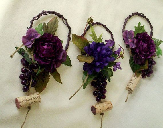 Wedding Centerpieces Wine Bottle Toppers Set of 4 Reception Bridal Showers purple grape corks Party decorations Event accessories