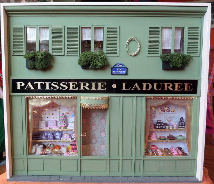 Boutique Ladurée miniature 1/12ème Les miniatures de Mathilde