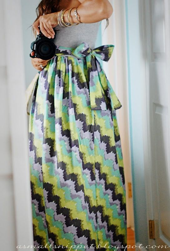 How to make a Maxi SkirtMaxi Dresses, Dresses Tutorials, Small Snippets, Maxis Dresses, Make A Dress, Diy Skirts, Sewing Machine, Maternity Dresses, Maxis Skirts