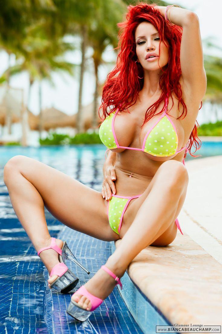 bright skin girl big naked booty
