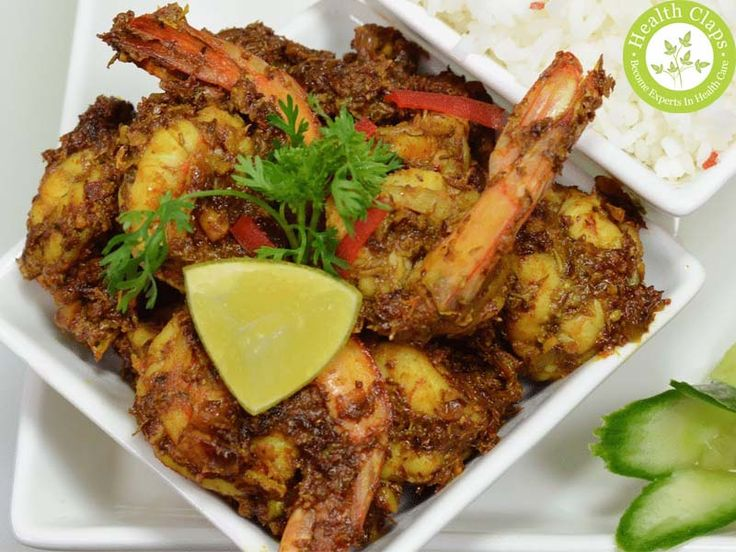Tamarind prawns mixed combination gives sourness taste. Prawns with tamarind leaves also gives different taste here is the tasty and easy prawn curry recipe with tamarind leaves .