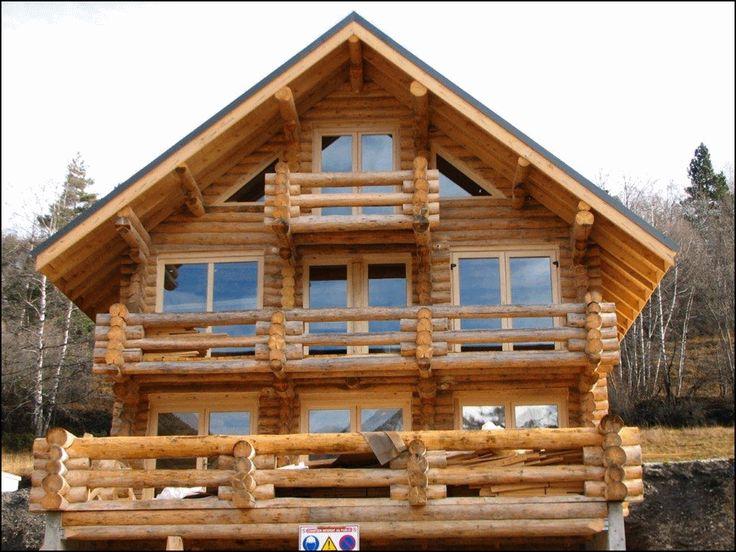 Casa de troncos de madera.  #casasdemadera