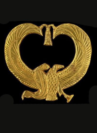 Gold amulet from Psusennes I's mummy. Egyptian national ...