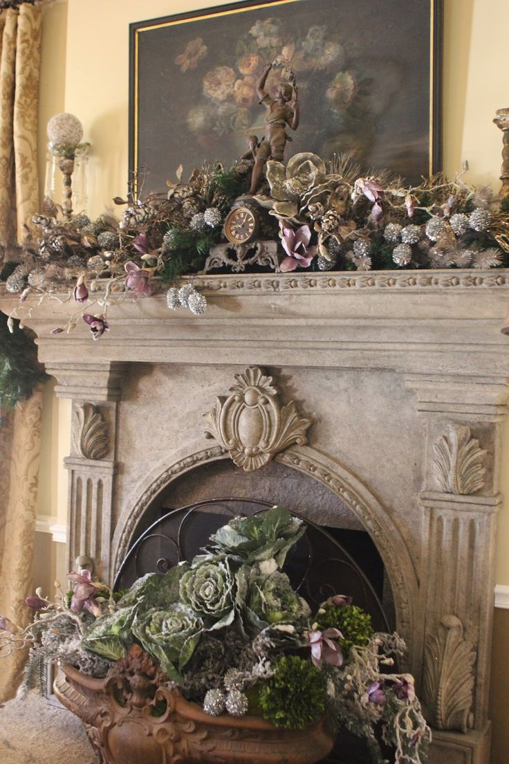 25 Best Ideas About Christmas Fireplace On Pinterest Christmas Mantle Decorations Christmas