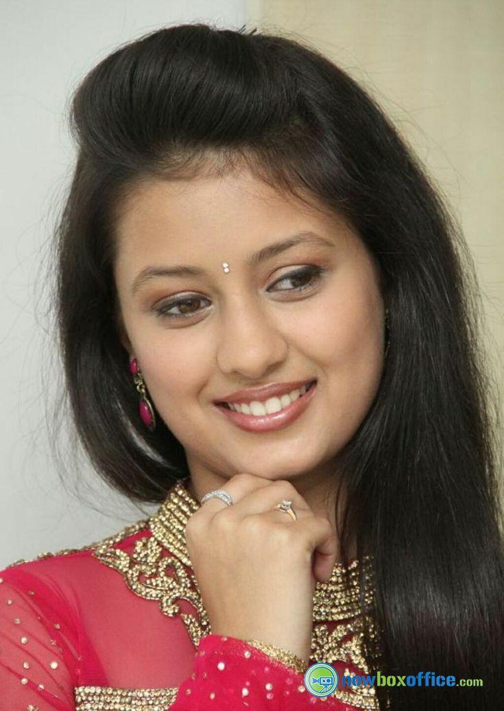 Kanika Tiwari New Pics Kanika Tiwari at Radio Mirchi (17) – nowboxoffice.com