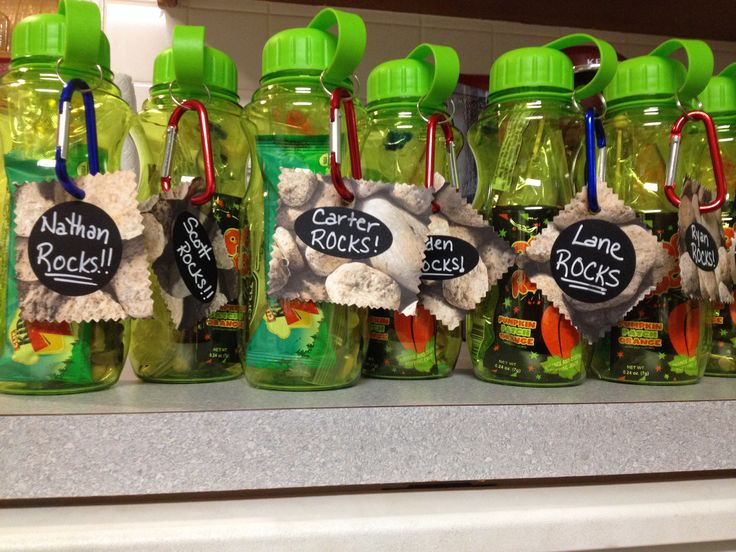 Rock Climbing party favors...Kids Cliff Bar, trail mix, Pop Rocks, Rock Candy & wall walkers in a water bottle with a carabiner.