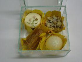 Imagina presentear ou ganhar de presente um mimo desses...       Caixa de vidro com 4 doces      Nessa caixa temos os seguintes doces: Banan...