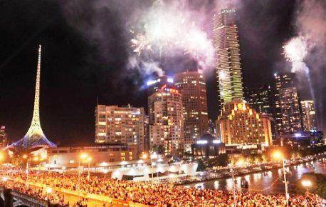 NYE Fireworks, Southbank, Melbourne.