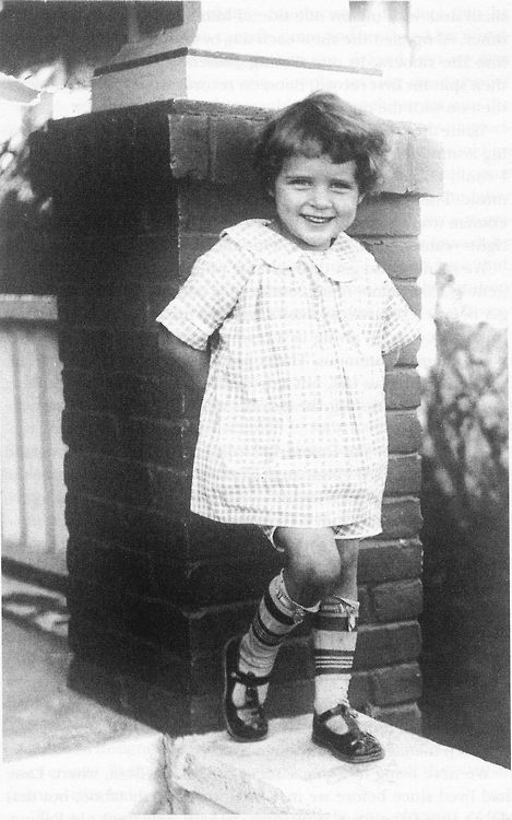 betty white | Tumblr age 6 , 1928 She was born on  jan 17, 1922