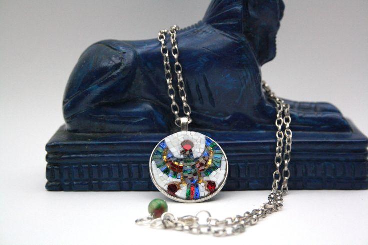 Horus / Falco / Amuleto / Collana con medaglione / micro mosaico / mosaico artistico / fatto a mano / Made in italy di Musemosaicojewels su Etsy https://www.etsy.com/it/listing/489860753/horus-falco-amuleto-collana-con