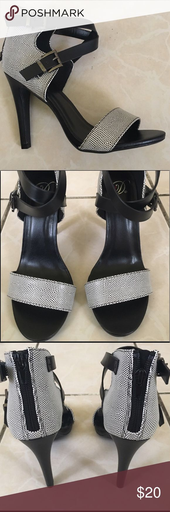 Black and White High Heel Sandals Never Worn Shoes Heels
