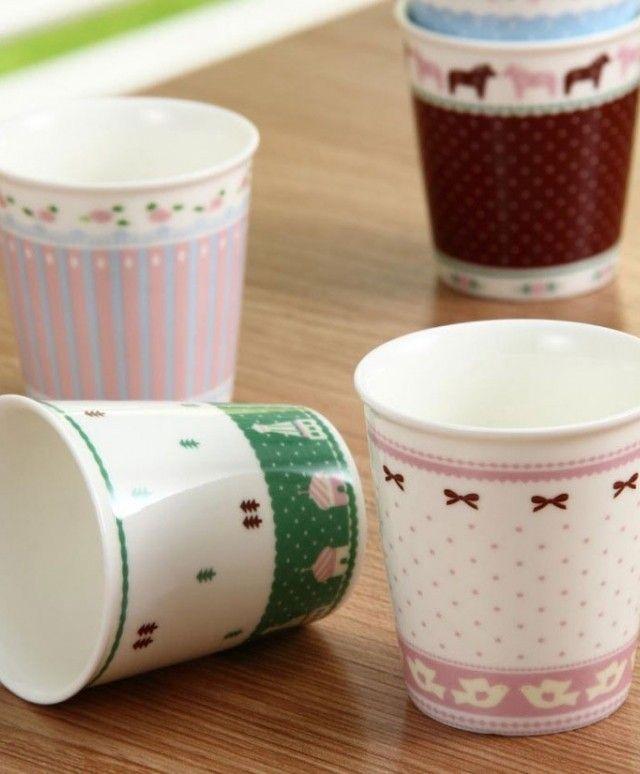 Mini Lace Cup Set  Ukuran: Diameter atas : 7.5 cm. Diameter bawah : 5 cm Tinggi : 8.5 cm.