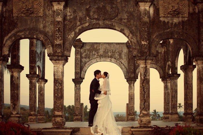 Bali wedding bridal portraits. Dennis Yap Photography. www.theweddingnotebook.com