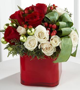 Best 25+ Christmas floral arrangements ideas on Pinterest ...