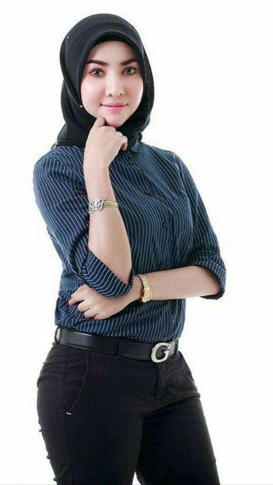#hijab #hijaber #tudung #jilbab #jilbabindo #awek #jilbabcantik #tudung #hijab #hijabhot