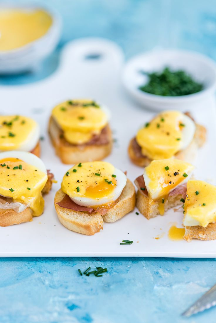 Level Up Your Brunch With This Bite-Sized Eggs Benedict Recipe via Brit + Co